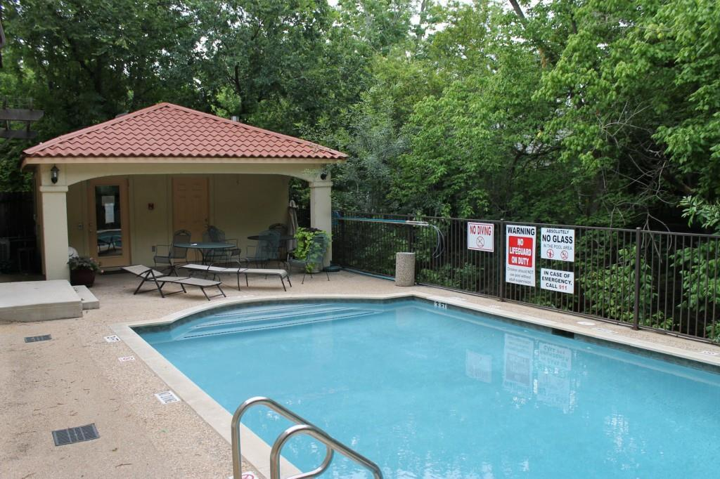 Sold Property   407 E 45th ST #112 Austin, TX 78751 18