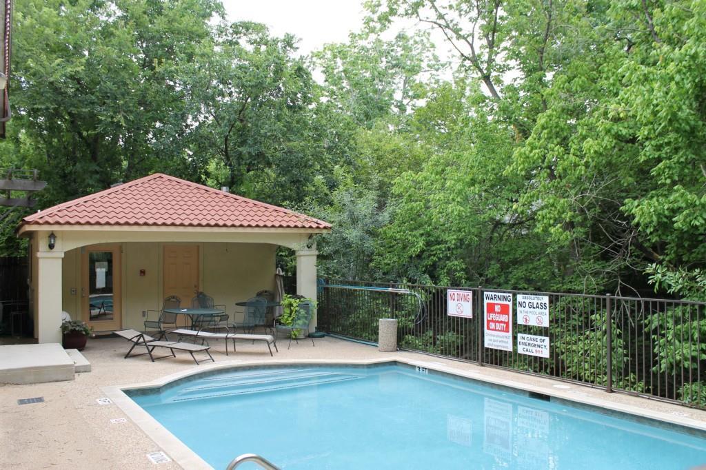 Sold Property   407 E 45th ST #112 Austin, TX 78751 19