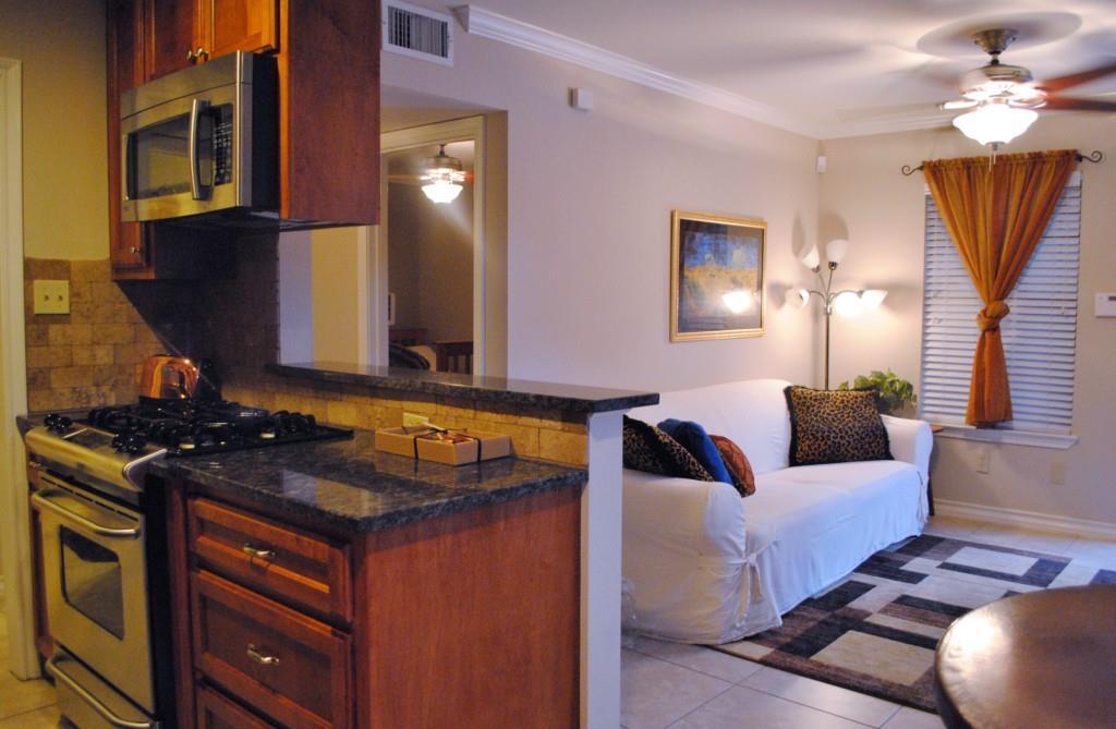 Sold Property   407 E 45th ST #112 Austin, TX 78751 3