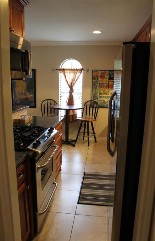 Sold Property   407 E 45th ST #112 Austin, TX 78751 8