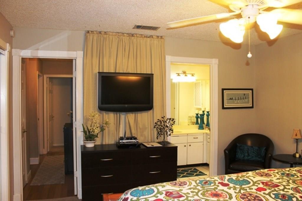 Sold Property | 6302 Berkeley CV Austin, TX 78745 11