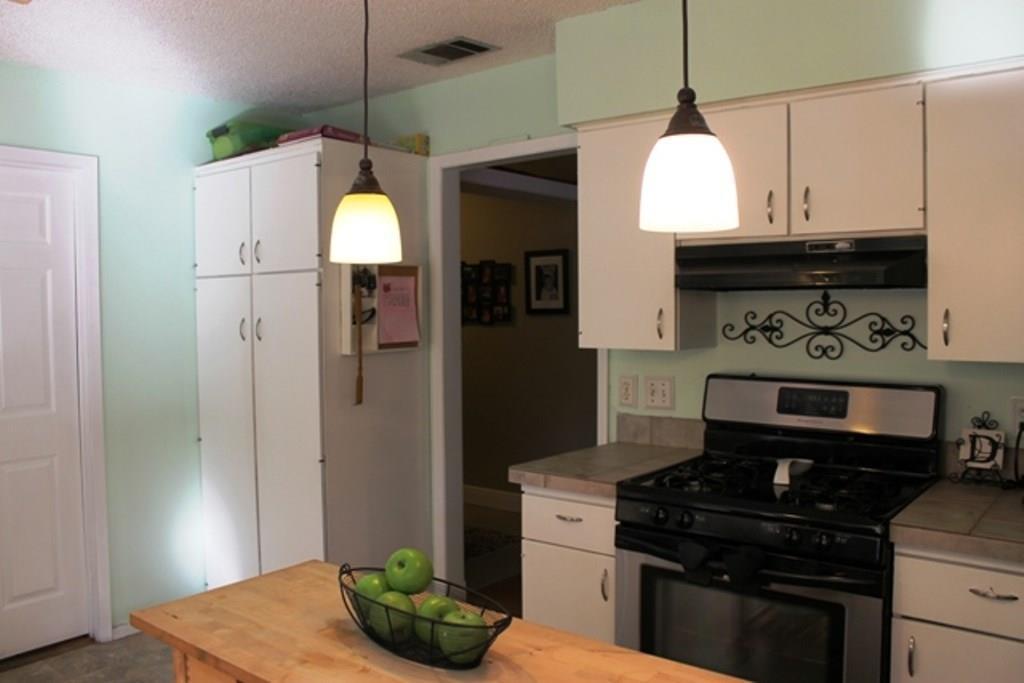 Sold Property | 6302 Berkeley CV Austin, TX 78745 7