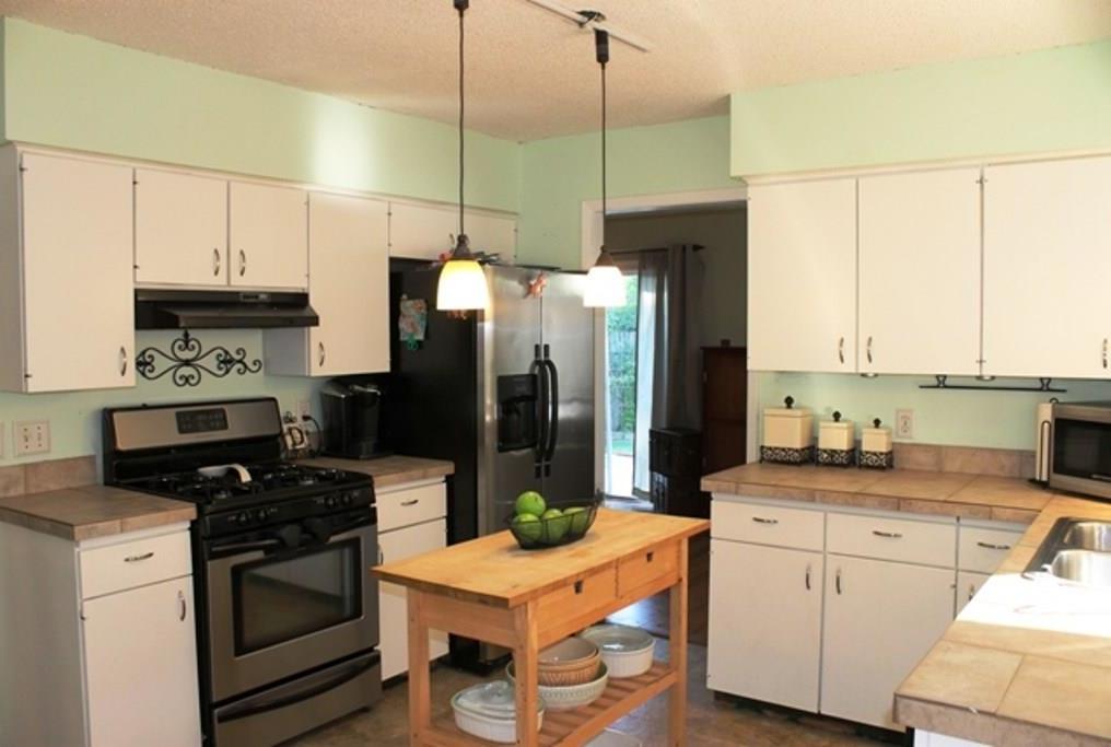 Sold Property | 6302 Berkeley CV Austin, TX 78745 9