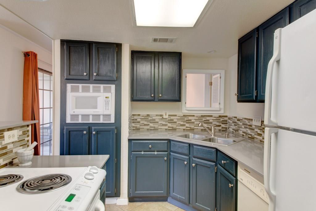 Sold Property | 1510 W North Loop BLVD #414 Austin, TX 78756 12