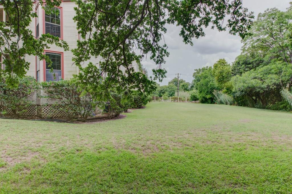 Sold Property | 1510 W North Loop BLVD #414 Austin, TX 78756 3