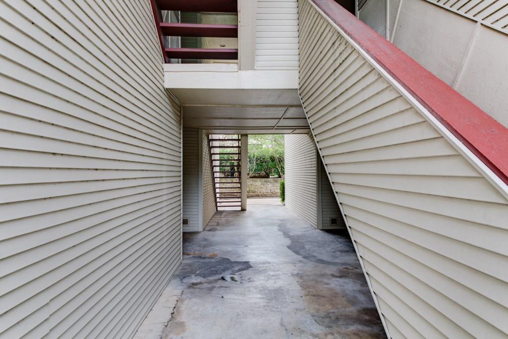 Sold Property | 1510 W North Loop BLVD #414 Austin, TX 78756 6