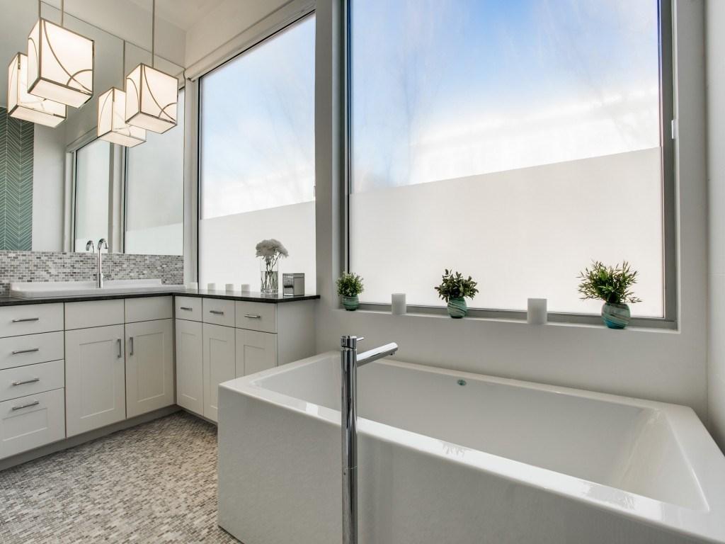 Sold Property | 3699-E Mckinney Avenue #581E Dallas, Texas 75204 18