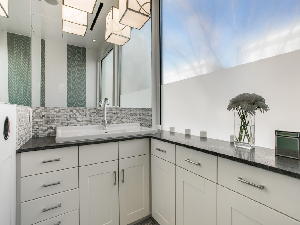Sold Property | 3699-E Mckinney Avenue #581E Dallas, Texas 75204 19