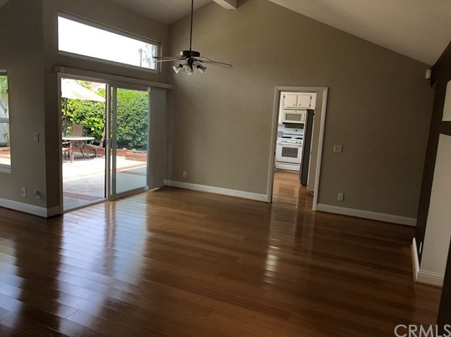 Closed | 194 W Yale  #8 Irvine, CA 92604 19