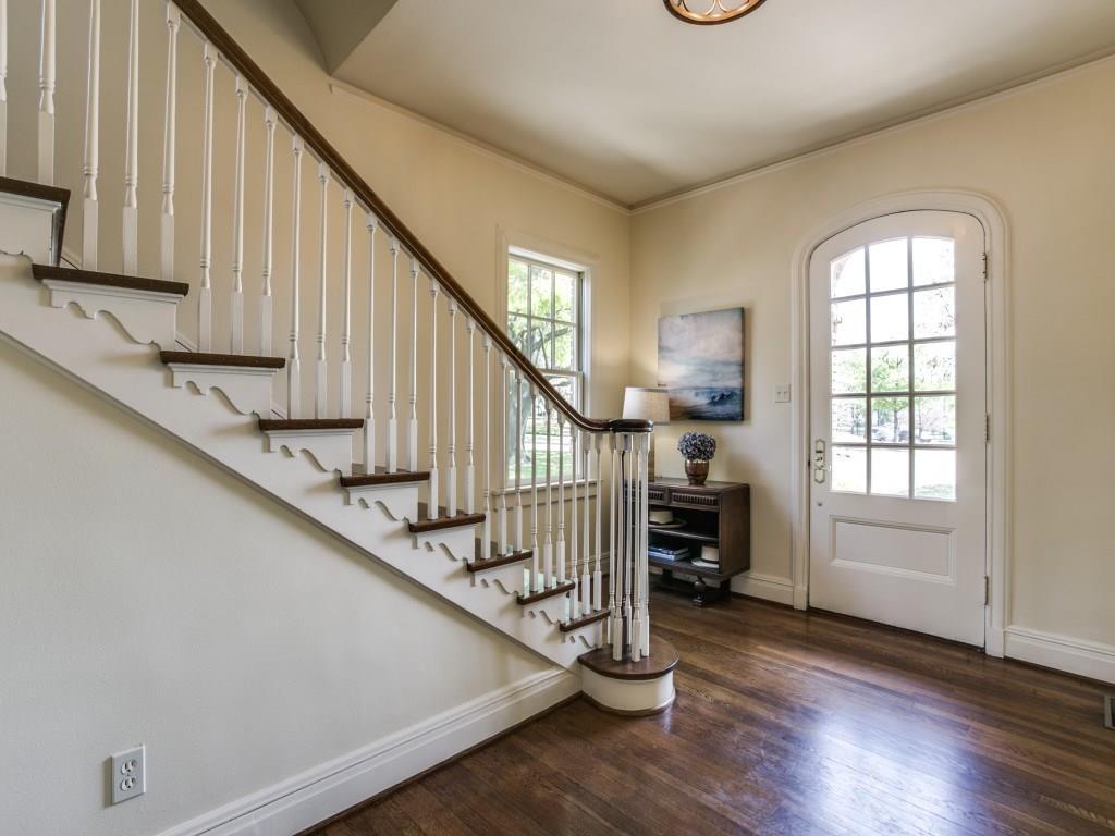 Sold Property | 2203 Cambria Boulevard Dallas, Texas 75214 4