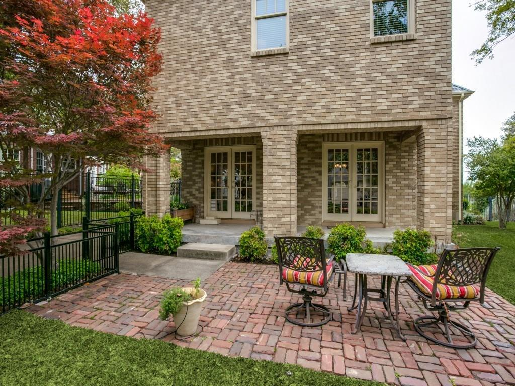Sold Property | 2203 Cambria Boulevard Dallas, Texas 75214 33