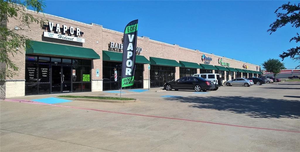 Leased | 3758 S Carrier Parkway Grand Prairie, TX 75052 0
