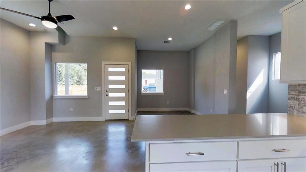 Sold Property | 6902 Carver  AVE #A Austin, TX 78752 5