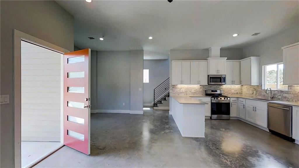 Sold Property | 6902 Carver  AVE #A Austin, TX 78752 8