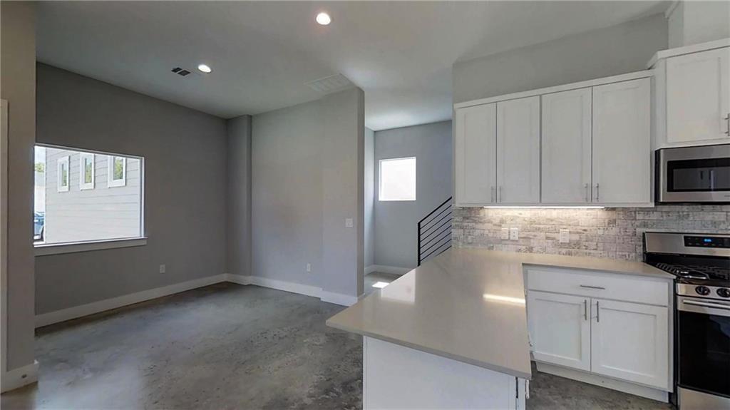 Sold Property | 6902 Carver  AVE #A Austin, TX 78752 9
