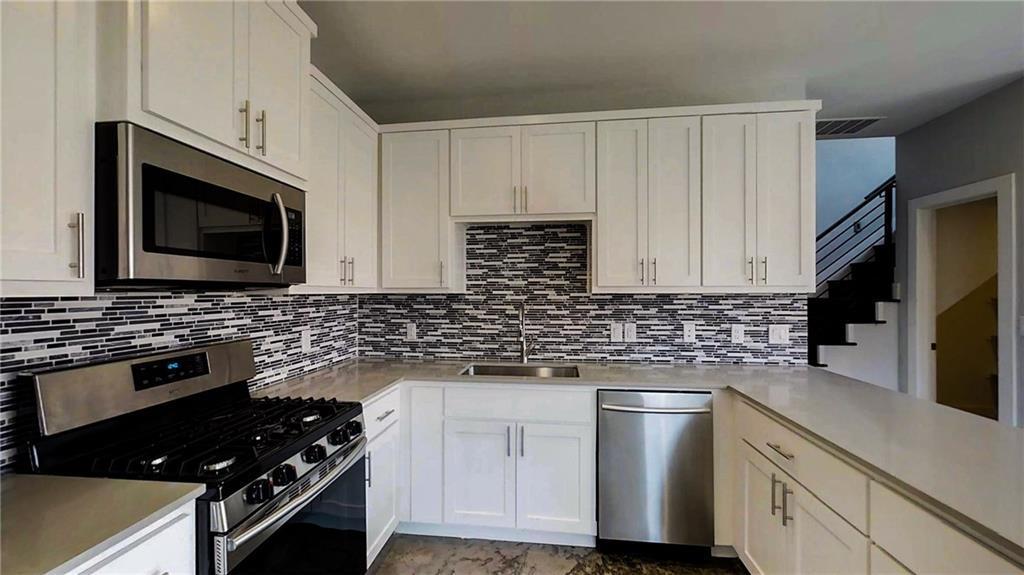 Sold Property | 6902 Carver AVE  #B Austin, TX 78752 5