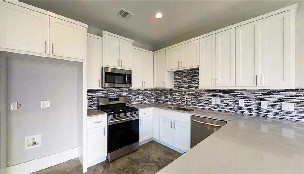 Sold Property | 6902 Carver AVE  #B Austin, TX 78752 6