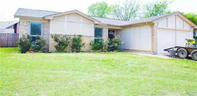 Sold Property   900 Rolling Meadows Drive Arlington, Texas 76015 1