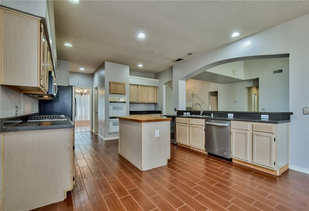 Sold Property | 1313 Bentley Drive Carrollton, Texas 75006 12