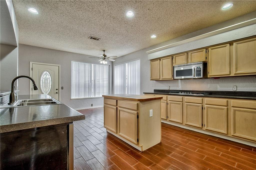 Sold Property | 1313 Bentley Drive Carrollton, Texas 75006 10