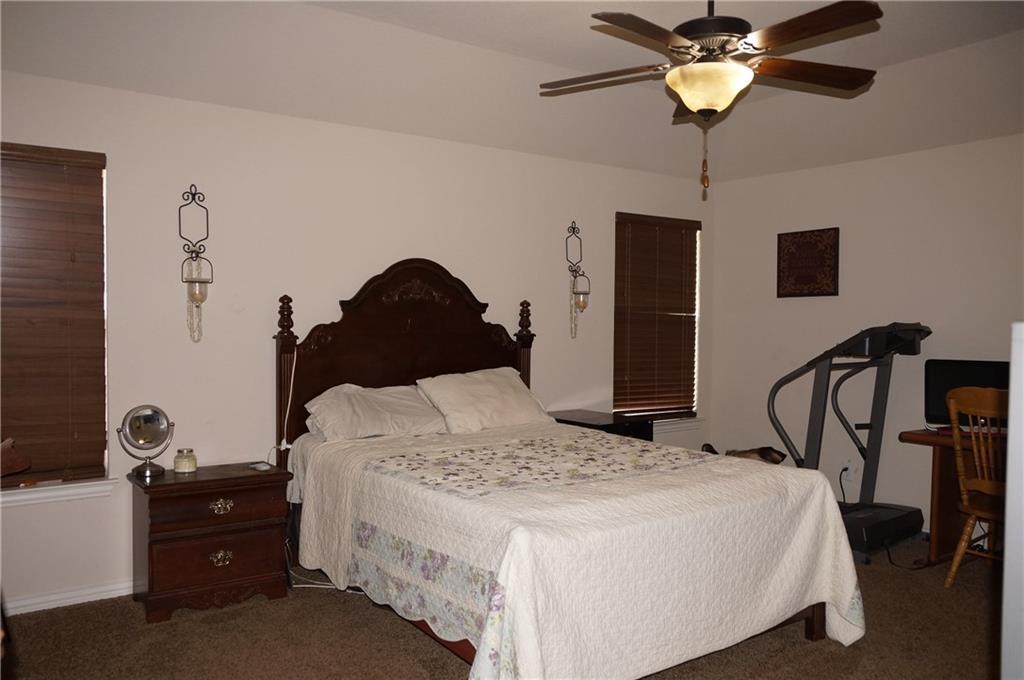 Sold Property   441 Nutmeg  Burleson, Texas 76028 11