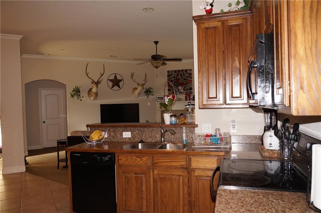 Sold Property   441 Nutmeg  Burleson, Texas 76028 5