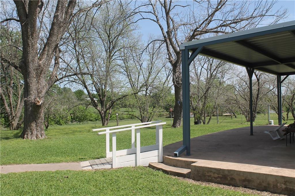 Active | 104 Shoreline Drive Bastrop, TX 78602 11