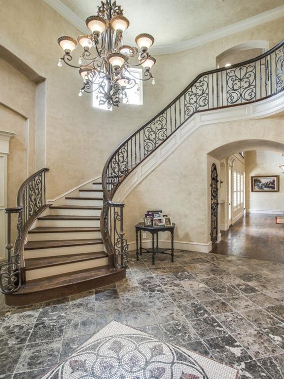 Sold Property | 6560 Vanderbilt Avenue Dallas, Texas 75214 6