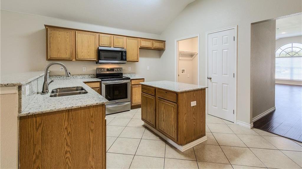 Sold Property | 1023 Carlsbad Drive Grand Prairie, Texas 75051 10