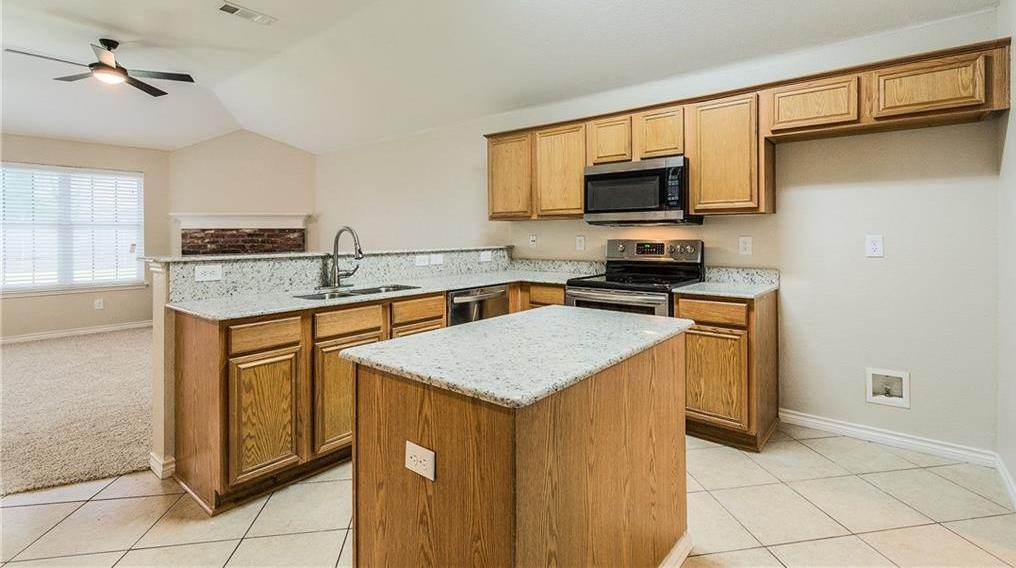 Sold Property | 1023 Carlsbad Drive Grand Prairie, Texas 75051 11