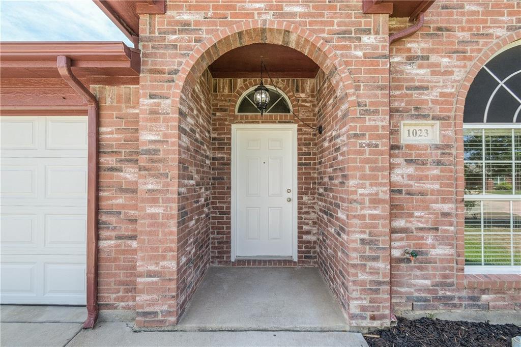 Sold Property | 1023 Carlsbad Drive Grand Prairie, Texas 75051 2