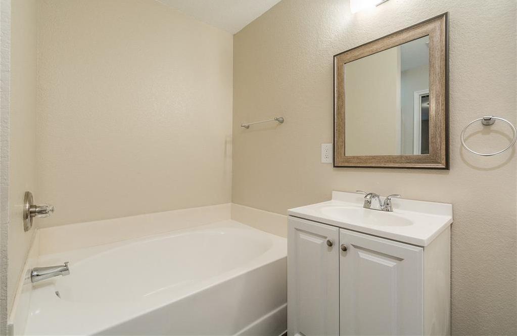 Sold Property | 1023 Carlsbad Drive Grand Prairie, Texas 75051 30