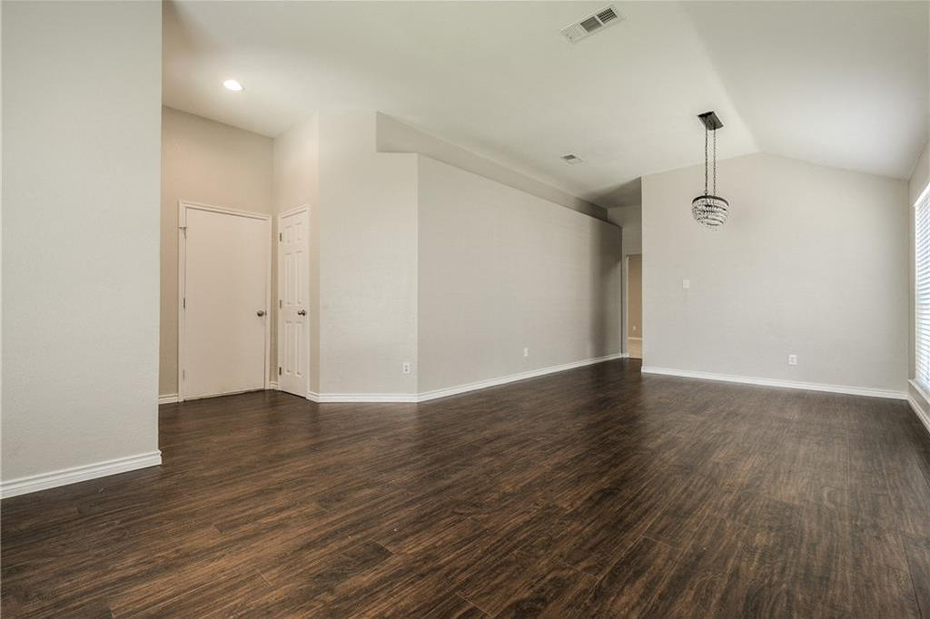Sold Property | 1023 Carlsbad Drive Grand Prairie, Texas 75051 5