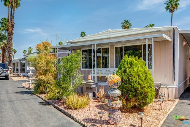 Closed | 467 Coyote Cathedral City, CA 92234 26