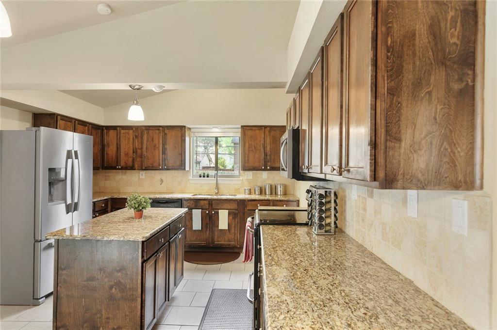 Housed Real Estate  | 8410 Gladwood Lane Dallas, Texas 75243 13