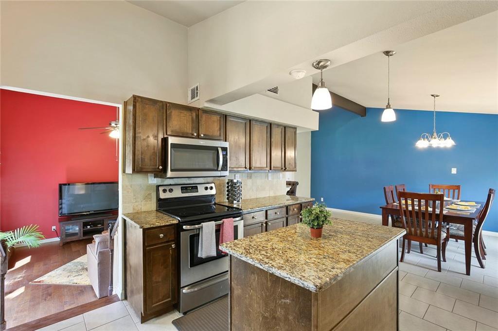 Housed Real Estate  | 8410 Gladwood Lane Dallas, Texas 75243 14