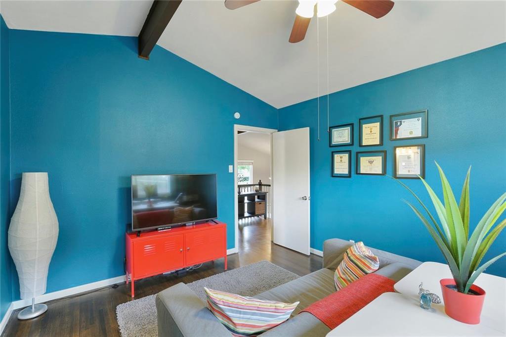 Housed Real Estate  | 8410 Gladwood Lane Dallas, Texas 75243 22