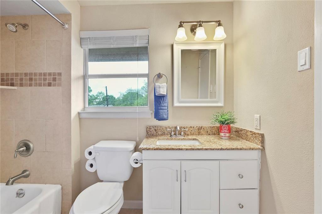 Housed Real Estate  | 8410 Gladwood Lane Dallas, Texas 75243 23