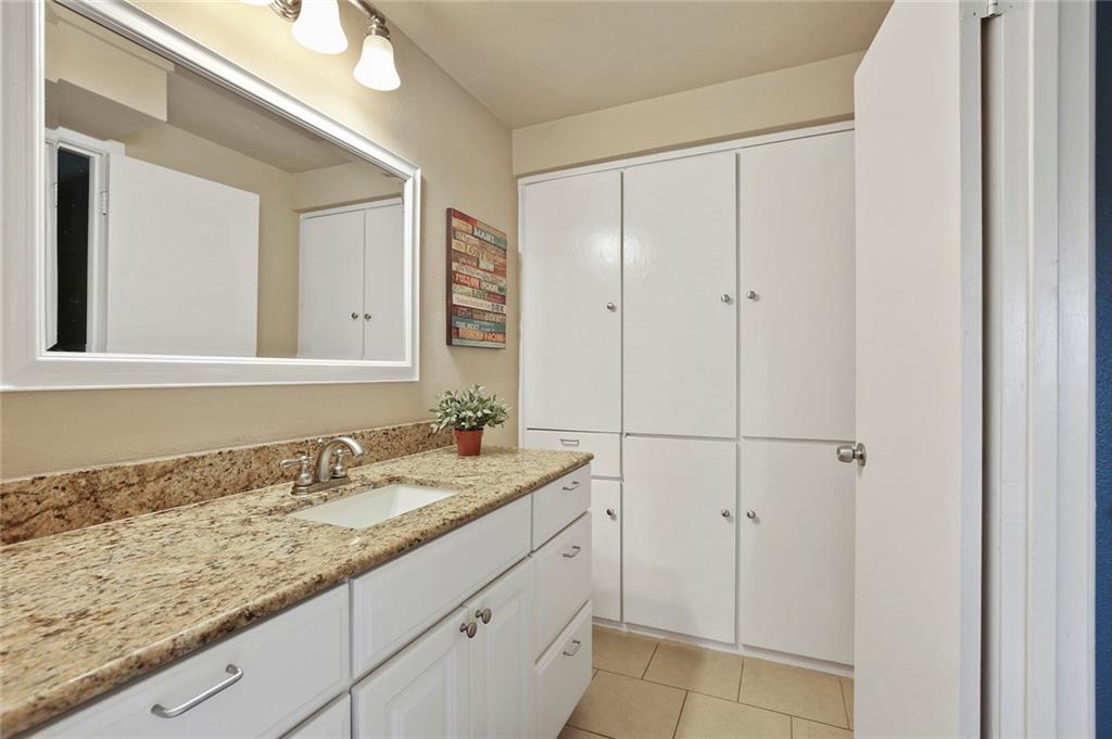 Housed Real Estate  | 8410 Gladwood Lane Dallas, Texas 75243 30