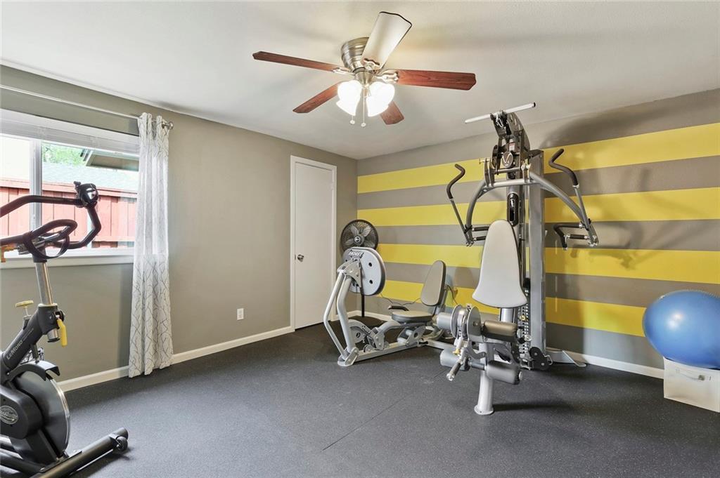 Housed Real Estate  | 8410 Gladwood Lane Dallas, Texas 75243 32