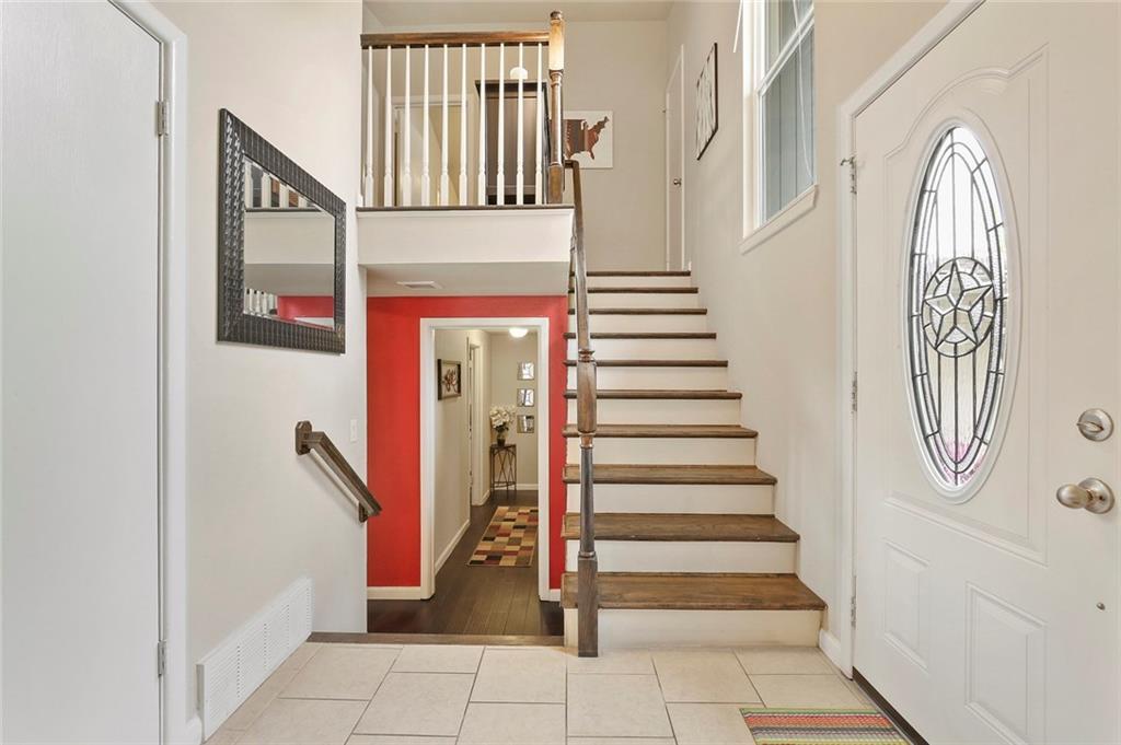 Housed Real Estate  | 8410 Gladwood Lane Dallas, Texas 75243 7