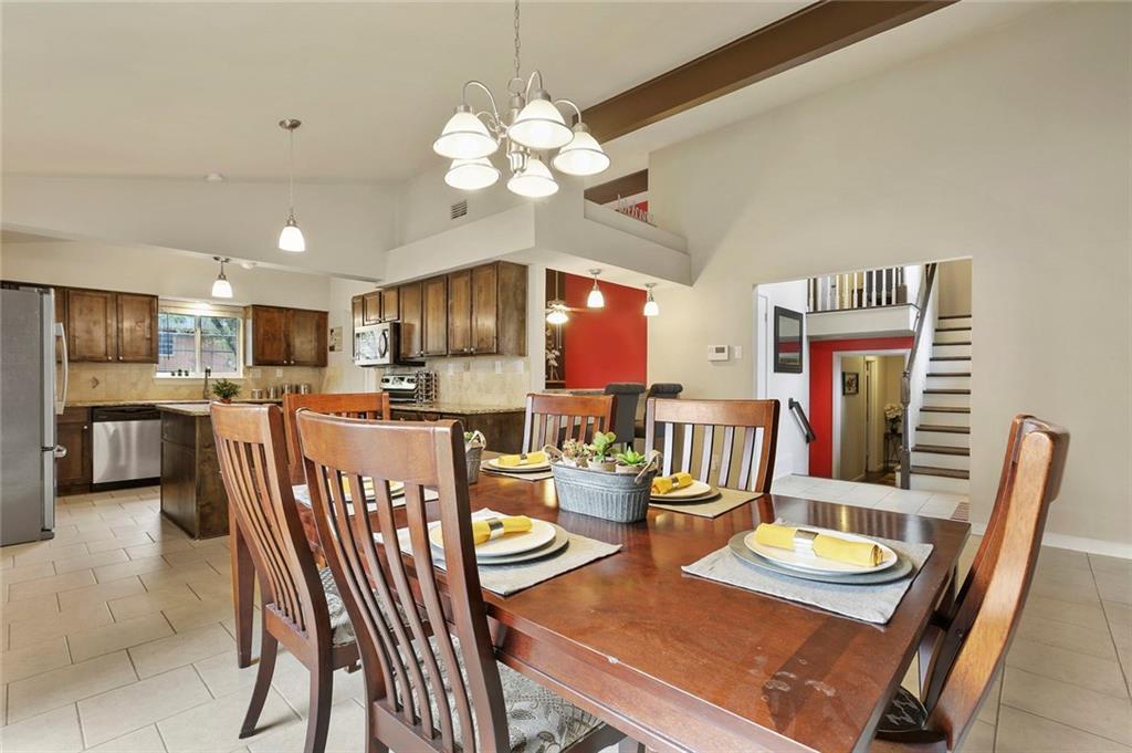 Housed Real Estate  | 8410 Gladwood Lane Dallas, Texas 75243 10
