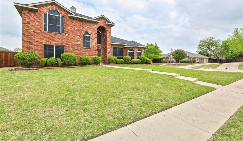 Housed Real Estate  | 320 Hillglen Drive Murphy, Texas 75094 2