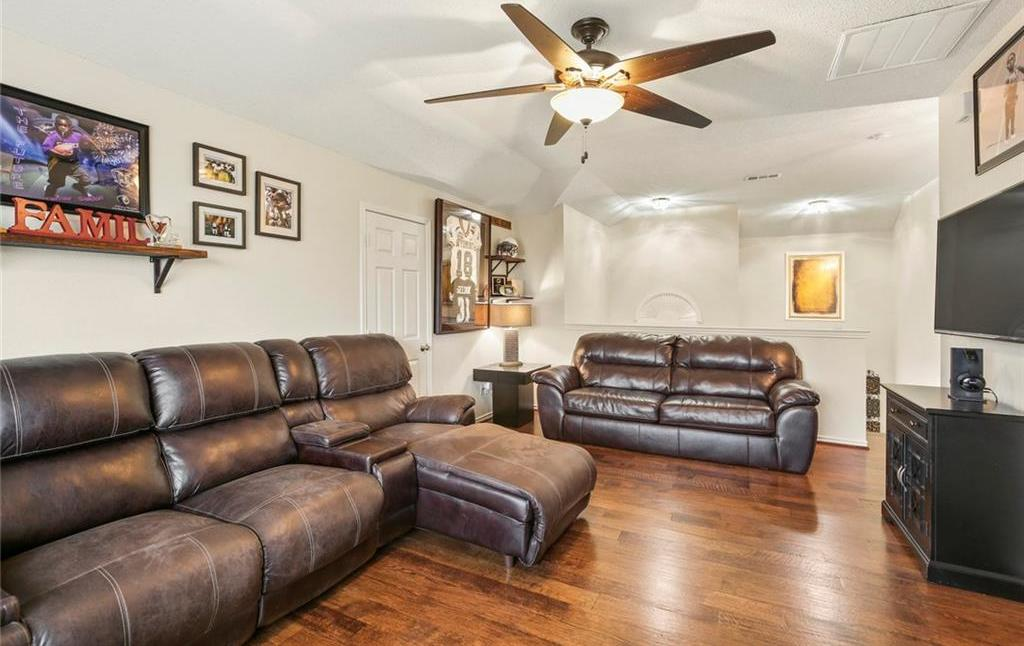 Housed Real Estate  | 320 Hillglen Drive Murphy, Texas 75094 33