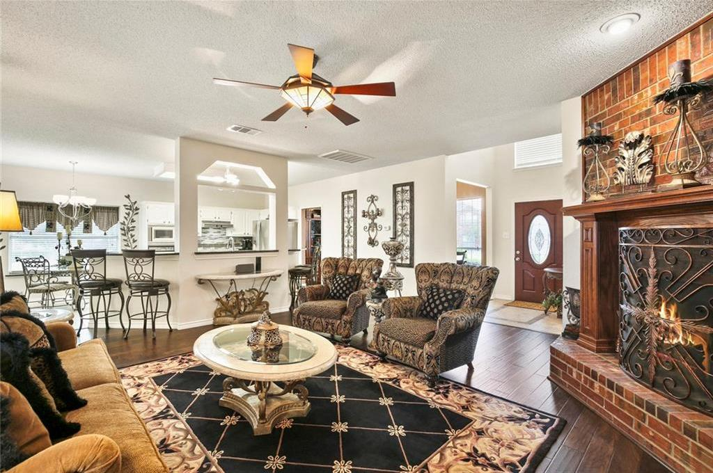 Housed Real Estate  | 320 Hillglen Drive Murphy, Texas 75094 9