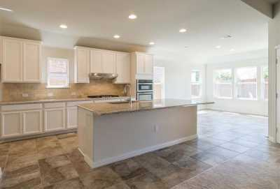 Sold Property   3404 Woodford Drive Mansfield, Texas 76084 5