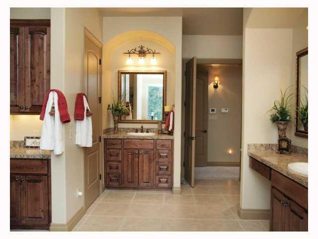 Sold Property | 10227 Milky WAY Austin, TX 78730 7