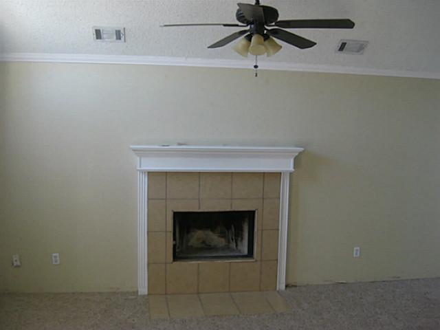 Sold Property | 6013 Kimberly Court Haltom City, Texas 76137 3
