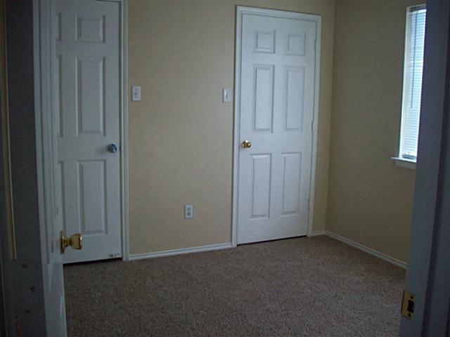 Sold Property | 6013 Kimberly Court Haltom City, Texas 76137 9