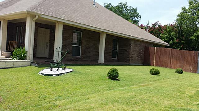 Sold Property | 44 Lucas Lane Edgecliff Village, Texas 76134 2